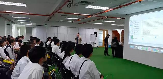 京都市立西京高等学校 マレーシア研修で山口が登壇